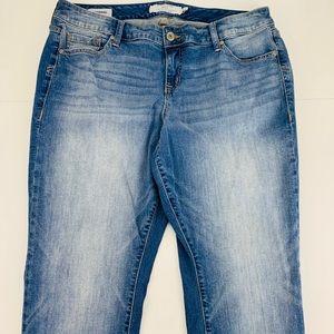 Torrid Boyfriend Medium Wash Skinny Jeans